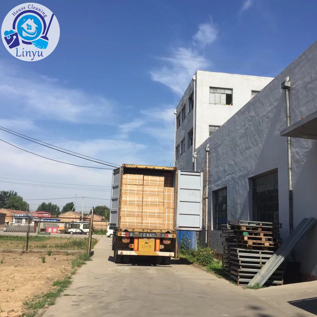 container loading for spin mop