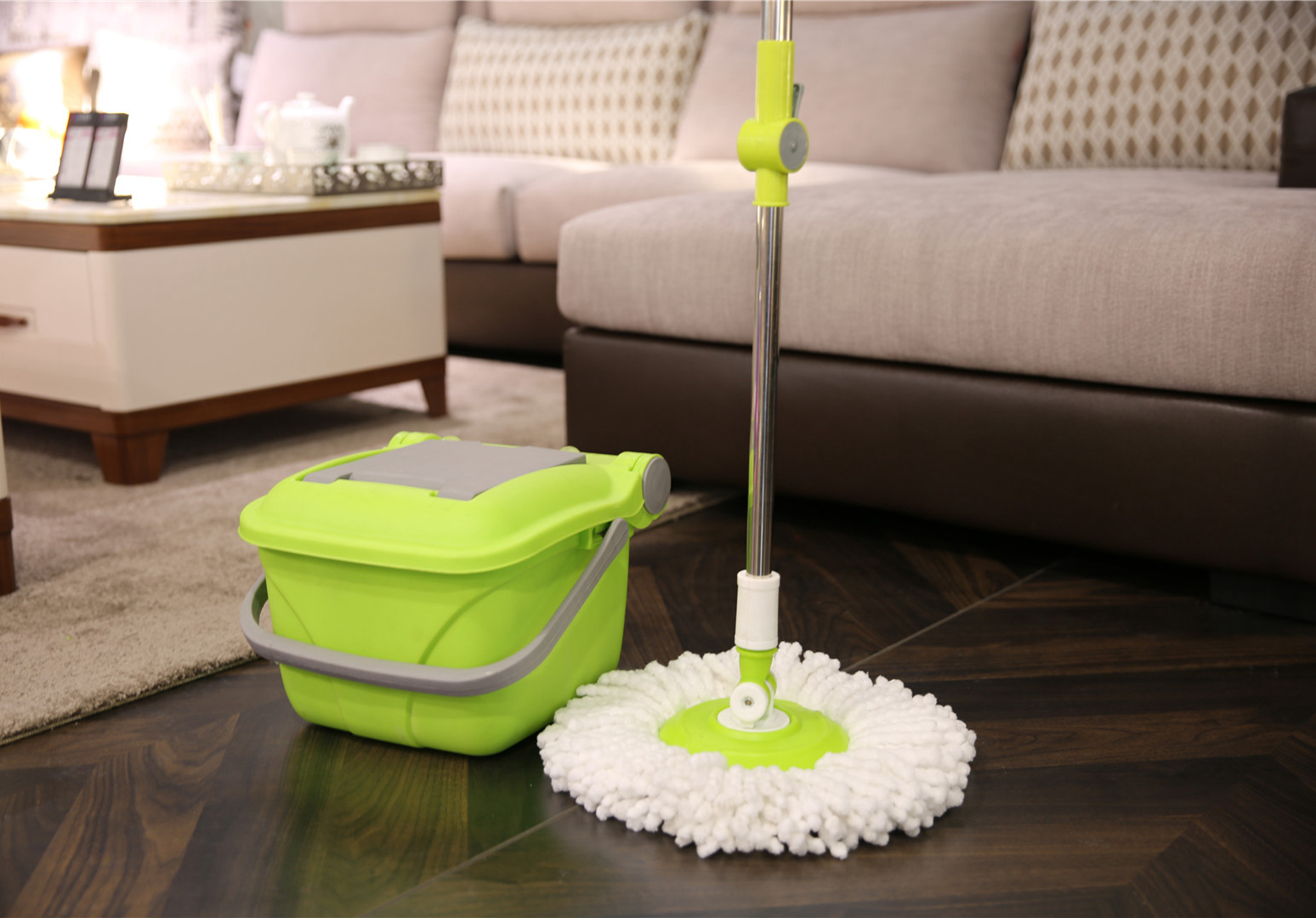 KXY-ZD 360 spin mop with folding bucket